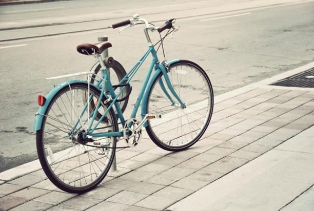 自転車の 改正道交法 自転車 危険行為 : 道交法が6月1日に改正 自転車 ...