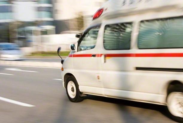 交差点で出合い頭に衝突、6人死傷 栃木 - LINE NEWS